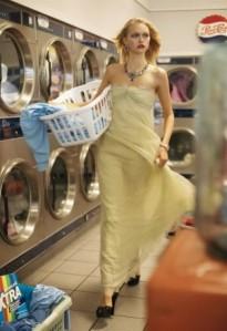 lily-donaldson-gemma-ward-caroline-trentini-by-steven-meisel-for-vogue-us-december-2005-glamorama-09