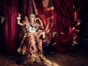 Sienna-Miller-by-Bryan-Adams-01