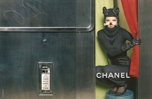 49b5d2ae7f1dc966_Freja-Beha-Erichsen-Cat-Chanel-Fall-2011-Ad-Campaign