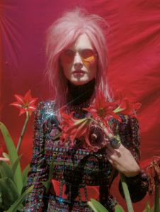 Malgosia-Bela-for-Vogue-UK-December-2012-7