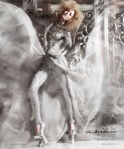 Marlena-Szoka-Benjamin-Kanarek-Harpers-Bazaar-Espanol-Haute-Couture-May-2011-07-560x671