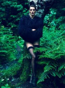 scriptical-wordpress-le-noir-daria-werbowy-by-mert-marcus-for-vogue-paris-september-2012-2-460x628