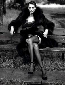 scriptical-wordpress-le-noir-daria-werbowy-by-mert-marcus-for-vogue-paris-september-2012-5-460x601