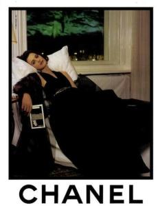 Vintage-Chanel-Campaigns-Ines-de-la-Fressange-Chanel-Ads-1980s-011