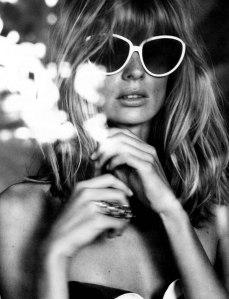 Vogue-Germany-February-2012-Julie-Stegner-3